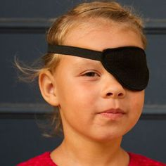 DIY Pirate Eye Patch Tutorial. Template. http://thetraintocrazy.typepad.com/files/eye-patch-template.pdf Tutorial http://andreasnotebook.com/2012/09/handmade-costume-series-diy-eye-patch-tutorial.html