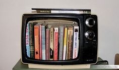 17 ways to repurpose outmoded or broken TVs