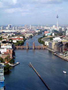 ღღ Kreuzberg - Oberbaumbrücke in the foreground and the TV Tower in the back to the right.