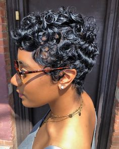 black hairstyles for short hair Short Sassy Hair, Short Hair Cuts, Short Pixie, Pixie Cuts, Medium Hair Styles, Curly Hair Styles, Natural Hair Styles, Short Styles, Pixie Styles