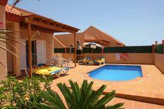 Villas Corralejo - 3 Bed Villa for rent in Corralejo Fuerteventura sleeps up to 6 from £784 / €980 a week