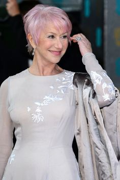 Helen Mirren and her new pink hair!
