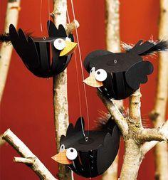 Risultati immagini per Noch mehr tierische Paper Balls Bug Crafts, Nature Crafts, Diy Paper, Paper Art, Paper Crafts, Art For Kids, Crafts For Kids, Arts And Crafts, Fall Halloween