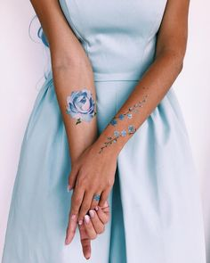 """New temporary tattoos set is already available on my web pissarotattoo. Th… New temporary tattoos set is already available on my web pissarotattoo. The """"Forget-me-nots"""" set is comprised of flowers in blue… Bild Tattoos, Up Tattoos, Wrist Tattoos, Body Art Tattoos, Cool Tattoos, Picture Tattoos, Wrist Bracelet Tattoo, Tattoos For Women Small, Small Tattoos"""