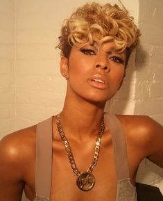 Today we have gathered together Keri Hilson Short Hairstyles that will motivate you as well. One of the best options Hilson prefers Love Hair, Great Hair, Gorgeous Hair, Short Sassy Hair, Short Hair Cuts, Curly Short, Short Blonde, Medium Hair Styles, Curly Hair Styles