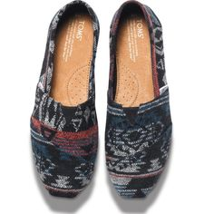 Toms Multicolored Black Jacquard Classics Brand New. No box but have sticker and bag. Size 6. Fleece lined. Sold Out Everywhere. Open to reasonable offers TOMS Shoes