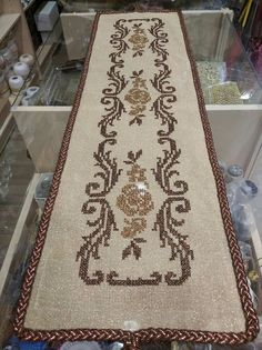 Hobbies And Crafts, Diy And Crafts, Embroidery Patterns, Cross Stitch Patterns, Bargello, Bohemian Rug, Butterfly, Knitting, Rugs