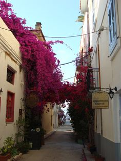 Nafplio, Peloponnese, Greece (by MarianaNik), Balcony, Garden Beautiful Streets, The Beautiful Country, Beautiful World, Places To Travel, Places To See, Wonderful Places, Beautiful Places, Exotic Beaches, Countries Of The World