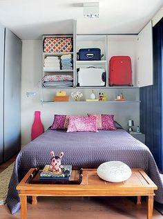 small spaces flat grey wall Casa e Jardim Magazine