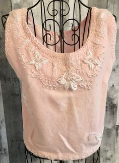 Vintage 1950s Beaded Wool Knit Sweater Top Blouse Sleeveless Lined Pink Small #Unbranded #Top