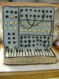 Synth cake...