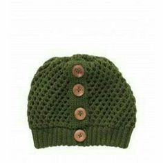 Olive beanie Hand knitted. Offers welcome. Used but in great condition princess highway  Accessories Hats