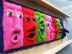Exhibit in melbourne, australia by fiber & textile artist, annette fitton aka 'nini' of nini & wink - seen on: Crochet Me Lovely - makinology: amazing !… exhibit in melbourne,. by lourdes Knit Art, Crochet Art, Knitting Yarn, Knitting Patterns, Crochet Patterns, Floral Patterns, Textile Patterns, Sculpture Textile, Yarn Bombing