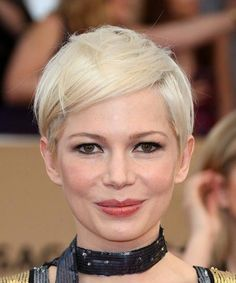 View and try on this Michelle Williams Sleek Short Straight Casual Pixie hairstyle - Light Blonde (Platinum). #shortblondepixie