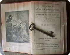 I must own this, cool antique book by Shakespeare from the 1900's