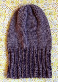 Whit's Knits: Simple Pleasures Hat - The Purl Bee - Knitting Crochet Sewing Embroidery Crafts Patterns and Ideas! Easy Knitting, Knitting Patterns Free, Knit Patterns, Free Pattern, Kids Knitting, Easy Crochet, Knit Crochet, Crochet Hats, Yellow Mittens