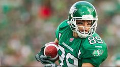 Saskatchewan Roughrider receiver Chris Getzlaf has been named the CFL Gibson's Finest Canadian Player of the Week. Saskatchewan Roughriders, Saskatchewan Canada, Rough Riders, Football Helmets, Nfl, Names, Baseball, Sports Teams, Athletes