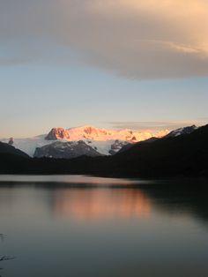 Día - 3 , amanecer lago Dickson , salir temprano hacia refugio perros , dificultad media , 12 klm , 4 hrs