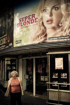 Crédit : Yanidel Broadway Shows, Cinema, Paris, Street, Movies, Montmartre Paris, Films, Paris France, Walkway
