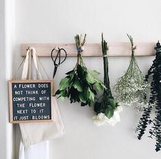 The Coolest Customizable Art: Felt Letter Boards and Black Light Boxes plus where to buy them. (Flower Felt Letterboard Sign) - Black Lights - Ideas of Black Lights Felt Letter Board, Felt Letters, Felt Boards, Positive Quotes For Life Happiness, Deco Boheme, E Commerce, Cool Words, Planting Flowers, Sweet Home
