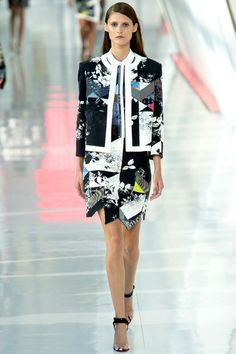 Edgy, defined, tailored lines and prints. Preen by Thornton Bregazzi Spring 2014 Ready-to-Wear #LFW