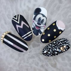 """""""your success is our reward"""" – Ugly Duckling Nails Inc. - Beautiful Mickey Mouse nails by Ugly Duckling Art Educator 😍 Ugly Duckling Nails is dedicated to keeping love, support, and positivity flowing in our industry ❤️ - Disney Nail Designs, Cute Nail Art Designs, Beautiful Nail Designs, Acrylic Nail Designs, Disney Acrylic Nails, Best Acrylic Nails, Nails Inc, Nail Art Dessin, Disneyland Nails"""