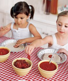 """""""Little"""" Italy Party: make-your-own-pizza station"""
