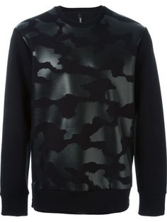 Shop Neil Barrett tonal fur effect sweatshirt  in Degli Effetti Men from the world's best independent boutiques at farfetch.com. Shop 300 boutiques at one address.