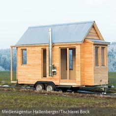 Tiny House made in Germany. Deutsche Handwerkskunst trifft den Trend Tiny Living - mehr Details findet ihr bei uns auf der Seite! #Tinyliving #tinyhouses #architecture #miniature