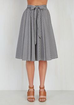 Artisan Aperitifs Skirt. A day at the craft distillery calls for a skirt just as specialized. #black #modcloth