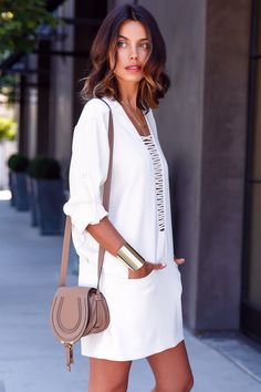 17b607036e6947 Perfect holiday dress-up-for-nice-meal-out wear - white dress and top-of-the-list  wish bag