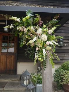 Some charming spring flowers @GateStreetBarn