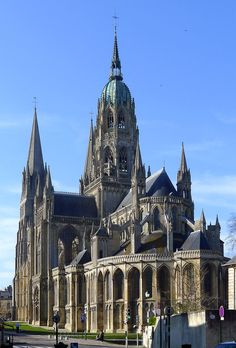 Gothic Style Architecture, Cathedral Architecture, Sacred Architecture, Religious Architecture, Concept Architecture, Historical Architecture, Beautiful Architecture, Architecture Design, French Cathedrals