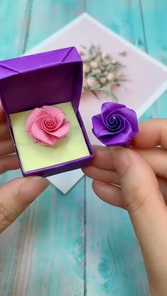 Creative ideas about paper crafts. Creative ideas about paper crafts. Instruções Origami, Paper Crafts Origami, Easy Paper Crafts, Diy Paper, Paper Crafting, Origami Videos, Oragami, Origami Ring, Free Paper