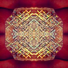 Rainbow lattice sunstone (illmenite & hematite)