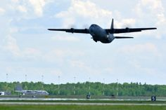 A CC-130J Hercules from the Royal Canadian Air Force takes off (Photo: Corporal Marc-André Gaudreault / Combat Camera Canadian Forces)