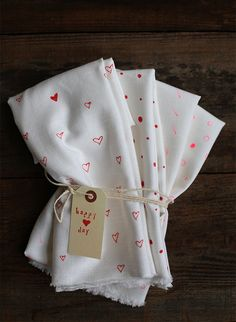 DIY decorated valentines day tea cloths