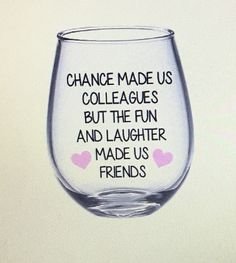 best Ideas for gifts bff wine glass Goodbye Gifts For Coworkers, Farewell Gift For Coworker, Diy Christmas Gifts For Coworkers, Bestie Gifts, Farewell Gifts, Diy Gifts For Friends, Best Friend Gifts, Goodbye To Coworker, Christmas Stuff