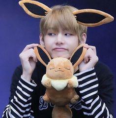 I want him as my pokemon🤪💜 . Bts Taehyung, Jhope, Bts Bangtan Boy, Namjoon, V Bts Cute, V Cute, I Love Bts, Foto Bts, Bts Photo