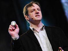 """Harald Haas : """"Transmettre des données sans fil depuis chaque ampoule électrique"""