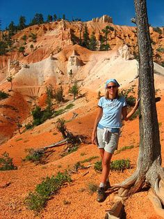 Who wants to go hiking in Bryce Canyon National Park, Utah? http://www.ytravelblog.com/12-photos-of-bryce-canyon-np/ #travel