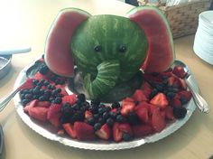 Watermelon elephant fruit tray, this was made for a baby shower . - Regina Loschitz - Watermelon elephant fruit tray, this was made for a baby shower . Watermelon elephant fruit tray, this was made for a baby shower Baby Shower Cakes, Baby Shower Parties, Baby Shower Themes, Baby Shower Decorations, Shower Party, Baby Shower Fruit Tray, Baby Shower Watermelon, Jungle Theme Baby Shower, Baby Shower Foods