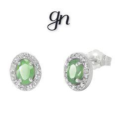 02110fb48081 Aretes Esmeralda Oval Oro Blanco 14k y Diamantes.