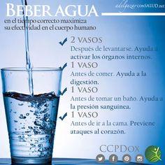 Muchas veces pasamos horas sin tomar agua y lo hacemos cuando nuestro cuerpo nos lo pide, es decir, cuando tenemos mucha sed, siendo esto un error muy frecuente de todas las personas, ya que debemos tomar aunque sea pequeños sorbos de agua para evitar la deshidratación. Es importante que conozcas todos los beneficios que nos aporta a nuestro cuerpo beber agua en el tiempo correcto. #agua #TipsDox #adelgazar #adelgazarconsalud #salud #alimentacion #nutricion #ccpdox #dieta #tips #consejos