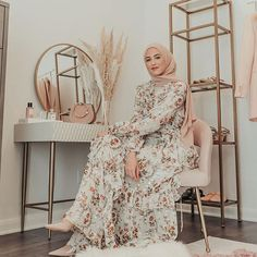 Garland Petal Wrap Gown as seen on Style this beautiful floral gown like – heels and Hijab for the perfect dress-up m Hijab Fashion Summer, Modern Hijab Fashion, Hijab Fashion Inspiration, Modest Fashion, Fashion Dresses, 80s Fashion, Fashion Clothes, Style Fashion, Winter Fashion