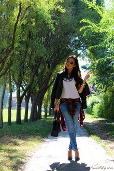 RayBan® Wayfarers, #Raybans, ray bans aviators, Ray-Ban® Sunglasses Ray Ban Sunglasses Sale, Rush Hour, Tiffany And Co, Timeless Beauty, Fashion Design, Fashion Tips, Fashion Trends, Aviation, Ray Bans