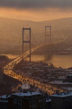 Bosphorus Bridge, Istanbul  photo by Emin Yeniacun  http://500px.com/photo/4545758
