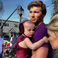 Derek Theler & Baby Emma❤❤❤ Guys become hotter when they are playful with children! They're both adorable! Baby Daddy Cast, Baby Daddy Show, Beautiful Boys, Gorgeous Men, Derek Theler, Hot Dads, Abc Family, Dream Boy, Models