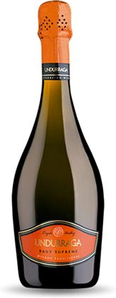 Undurraga Brut Supreme. Madurado en la botella. Sabor suave y refrescante, las incesantes burbujas mantienen una capa de espuma en la superficie que le da un toque agradable a cada sorbo. Realmente notable, valen la pena los $8.000 que cuesta. Champagne, Wine, Drinks, Bottle, Mantle, Bubbles, Bottles, Flask, Drink