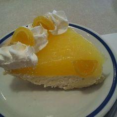 Bob Evans Lemon Supreme Pie Copycat Recipe Makes 1 Pie 3 egg yolks, slightly beaten 1 cup water cup sug. Lemon Desserts, Lemon Recipes, Sweets Recipes, Sweet Desserts, Copycat Recipes, Pie Recipes, Just Desserts, Bob Evans Recipes, No Bake Pies